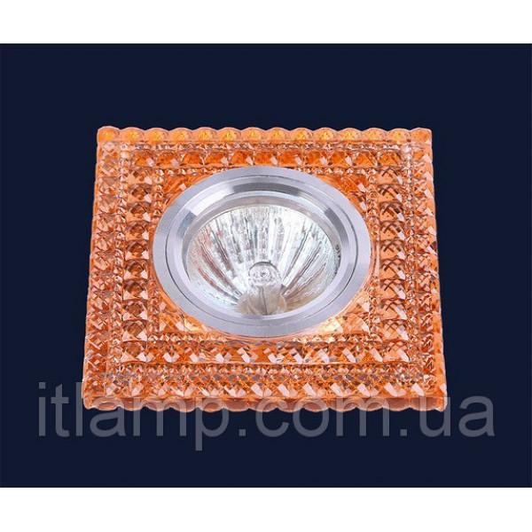 Квадрат с красными кристаллами 705A85